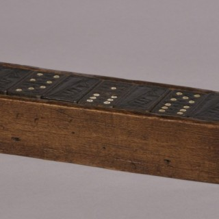 Antique Treen 20th Century Set of 28 Queen Mary Dominoes in a Beech Box