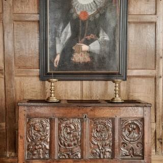 Henry VIII portrait panel chest