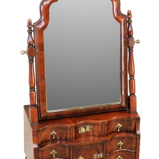 18th Century Queen Anne Walnut Dressing Table Mirror