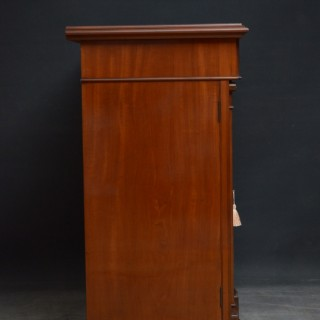 Superb Quality Aesthetic Movement Mahogany Library Cabinet