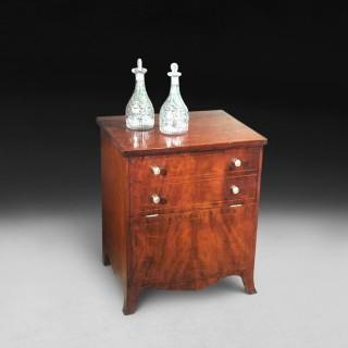 George III period mahogany commode