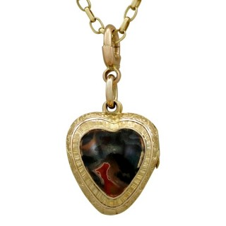Agate and 9ct Yellow Gold 'Heart' Locket - Antique Victorian