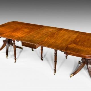 Regency Period Mahogany Extending Dining Table.