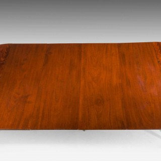 18th Century French Mahogany Extending Dining Table