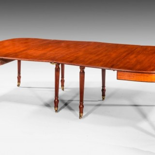 Regency Period Mahogany Dining Table with Seating for 4 to 10 People