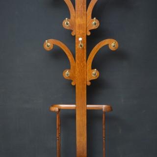 Fine Victorian Oak Hall Stand