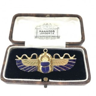 Gold and Lapis Lazuli Scarab Brooch.