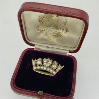 Antique Pearl nd Gold Coronet Brooch.