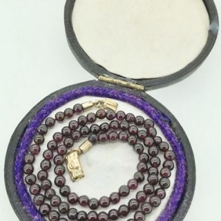 Victorian Garnet Necklace.
