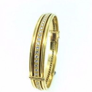 18ct Diamond Bangle.