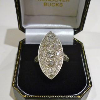 Vintage Diamond and 18 carat white Gold Ring.