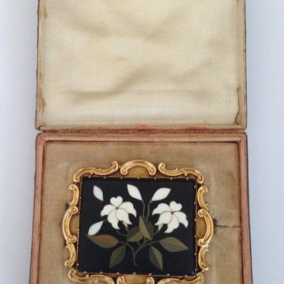 Antique gold and Pietra Dura Brooch.