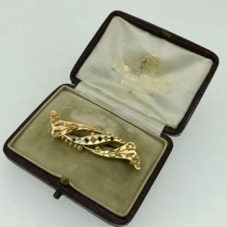 Victorian Gold Bar Brooch.