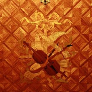 Louis XVI Gilt-Bronze and marquetry Secrétaire à Abattant