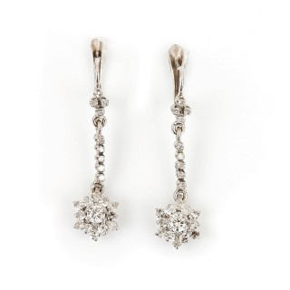 18 Carat White Gold Vintage Diamond Drop Daisy Cluster Earrings 0.75 Carats