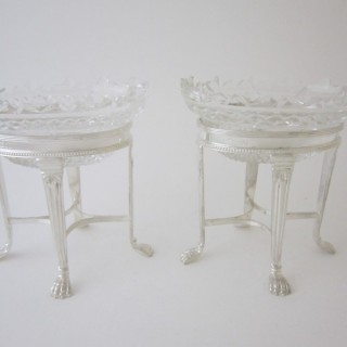 Elizabeth II Sterling silver dishes
