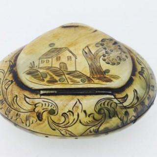 Antique Horn Scrimshaw Snuff Box.