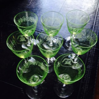 Clan Johnstone of Caskieben 8 Uranium Glasses