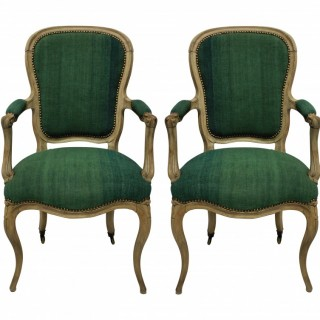 A PAIR OF FRENCH BLEACHED CHAIRS IN OLD LINEN