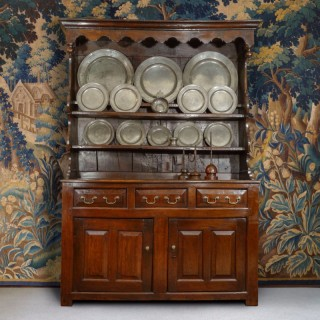 An Exceptionally Small Early 18th Century Oak Welsh dresser