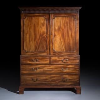 Chippendale Mahogany Wardrobe