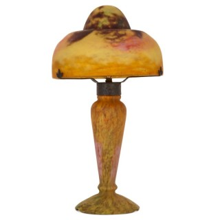 Art Nouveau period glass lamp by Daum Studio