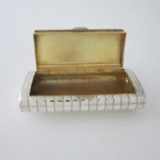 Antique George III Sterling silver snuff box