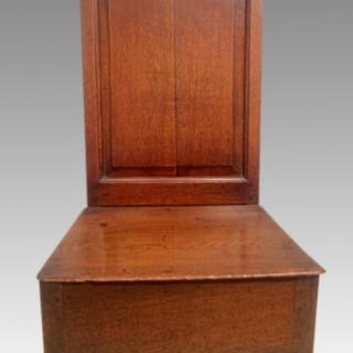 18th century Welsh oak cabriole leg nursing chair.