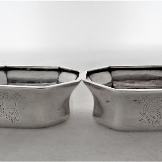 Good pair cast and crested Queen Anne silver trencher salts London 1712
