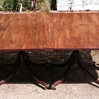 18th Century George III Period Mahogany Antique Dining Table