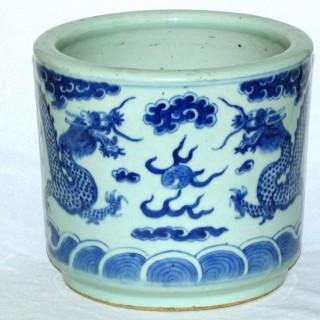 Chinese 19th century large Blue and White brush Pot /bitong
