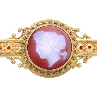 Cameo Brooch /Locket in 14 ct Yellow Gold - Antique Victorian
