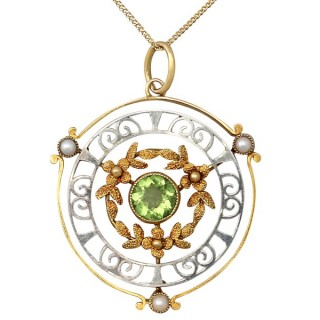 0.85 ct Peridot and Pearl, 15 ct Yellow Gold and 15 ct White Gold Pendant - Antique Circa 1900