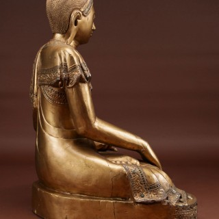 A Large Fine And Finely Wooden Carved Gilded Buddha, Burma/ North Thailand Circa 1900-1950
