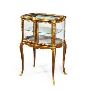 A Napoleon III kingwood bijouterie table