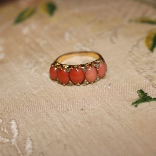 18ct Yellow Gold, Coral & Diamond Victorian 5 Stone RIng, Circa 1900
