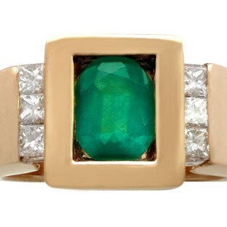 1.29 ct Emerald and 0.20 ct Diamond, 18 ct Yellow Gold Ring by C Benamosi, Paris - Vintage French Circa 1990
