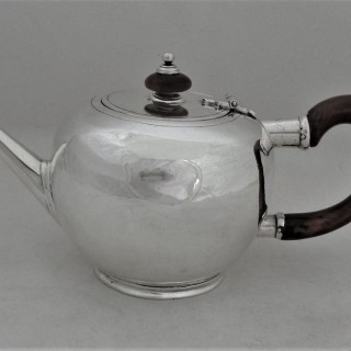 Good George I silver bullet teapot London 1725 Isaac Ribouleau