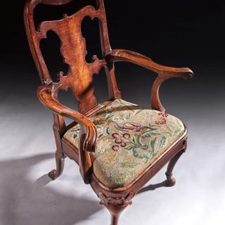 Fine Quality mid 19th century Walnut Open Armchair