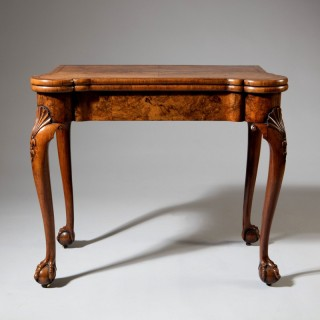 George II Figured Walnut Card Table on Cabriole Legs in the Manner of Benjamin