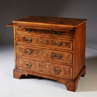 George II Burr Walnut Chest of Drawers, circa 1740-1750