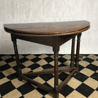 Folding Oak Table, 17th Century