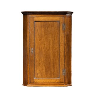 A Good George III Period Mahogany Corner Cupboard