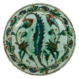 17th Century Ottoman 'Iznik ware' plate