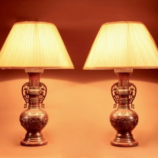 A Large Pair Of Very Fine Japanese Bronze Table Lamps, Meiji (1868-1912)
