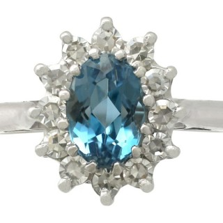 1.07 ct Aquamarine and 0.36 ct Diamond, 18 ct White Gold Dress Ring