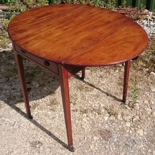 18th Century George III Period Mahogany Antique Pembroke Table