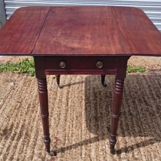 George III Period Mahogany Antique Pembroke Table