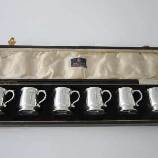 Antique George V Sterling silver liqueur tots