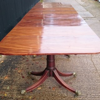 18th Century George III Period Mahogany Antique Five Pedestal Dining Table